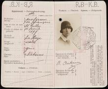 Paspoort van Anny Antoine (1931)